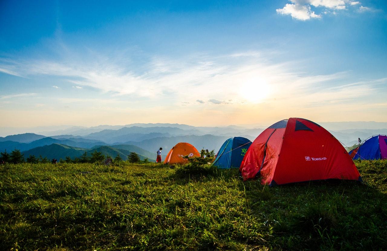 tents facing the horizon
